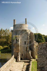 Kasteel Hunaudaye; toren kasteel; kasteel Bretagne