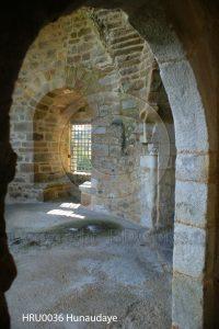 Kasteel Hunaudaye; kasteel Bretagne; kamer kasteelruine