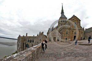 Le Mont-Saint-Michel; kerk Le Mont-Saint-Michel; abdij Normandie; eiland Frankrijk