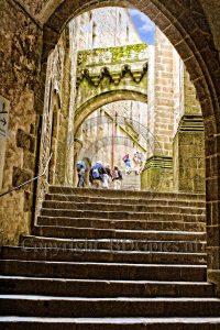 Trappen Le Mont-Saint-Michel; Normandie; eiland Frankrijk; abdij